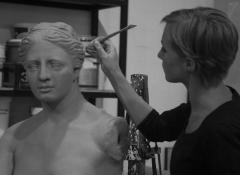 Sculpting a Venus Di Milo replica