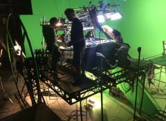 Car crash rig, special effects rigs and mechanisms for commercials